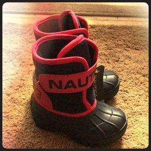 Nautica snow boots size 5